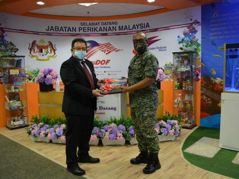 Kunjungan Hormat oleh Ketua Pengarah Perisikan Pertahanan, Kementerian Pertahanan Malaysia dan delegasi ke atas Ketua Pengarah Perikanan Malaysia.