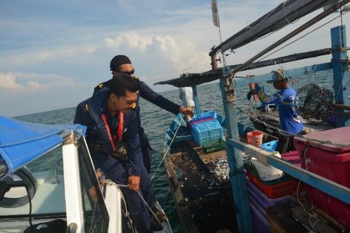 pengeledahan vesel nelayan