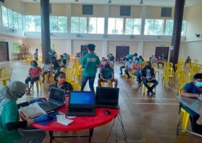 Program Vaksinasi Barisan Hadapan Industri Agromakanan (AIVAC), Jabatan Perikanan Malaysia di Dewan Tokong Bagan Panchor, Perak selama 2 hari pada 14 dan 15 September 2021.