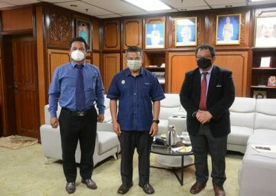 Sesi Perjumpaan bersama Pengerusi Jawatankuasa Pertanian, Industri Makanan, Komoditi dan Pembangunan Luar Bandar Negeri Terengganu dan Ketua Pengarah Perikanan Malaysia di Wisma Darul Iman.